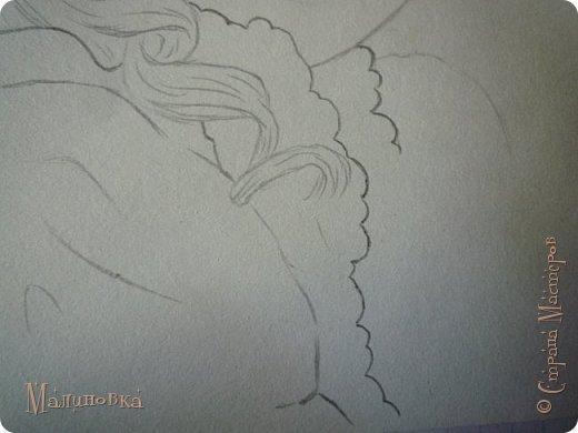 Добрый вечер!  Сегодня я покажу вам, как нарисовать Алису из сказки Льюиса Кэрролла. Нам нужны: простой карандаш, ластик, цветные карандаши (у меня 24 цвета), коричневая, черная и зеленая ручки, белый линер (белая ручка). Ну и, естественно, бумага, на которой вы будете рисовать... фото 35