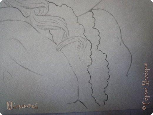 Добрый вечер!  Сегодня я покажу вам, как нарисовать Алису из сказки Льюиса Кэрролла. Нам нужны: простой карандаш, ластик, цветные карандаши (у меня 24 цвета), коричневая, черная и зеленая ручки, белый линер (белая ручка). Ну и, естественно, бумага, на которой вы будете рисовать... фото 37