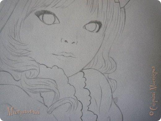 Добрый вечер!  Сегодня я покажу вам, как нарисовать Алису из сказки Льюиса Кэрролла. Нам нужны: простой карандаш, ластик, цветные карандаши (у меня 24 цвета), коричневая, черная и зеленая ручки, белый линер (белая ручка). Ну и, естественно, бумага, на которой вы будете рисовать... фото 40