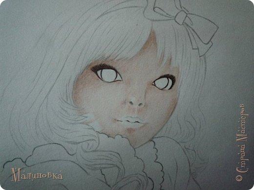 Добрый вечер!  Сегодня я покажу вам, как нарисовать Алису из сказки Льюиса Кэрролла. Нам нужны: простой карандаш, ластик, цветные карандаши (у меня 24 цвета), коричневая, черная и зеленая ручки, белый линер (белая ручка). Ну и, естественно, бумага, на которой вы будете рисовать... фото 44