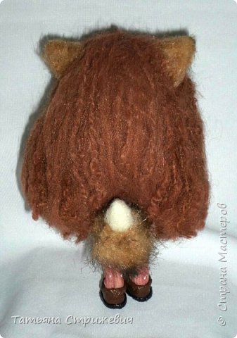 Высота Кицунэ-тян 16 см,ручки ,ножки и голова подвижные. Ручки и ножки на  проволочном каркасе. Ушки и хвостик из искусственного меха .Одежда и обувь снимаются фото 9