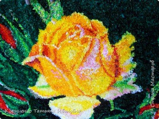 """Вот и моя чайная роза наконец """"расцвела"""". Всё не давали покоя прекрасные розы Николая Михайловича Беликова. Ну, а я в """"своей"""" любимой технике попыталась сделать эту царицу цветов. фото 1"""