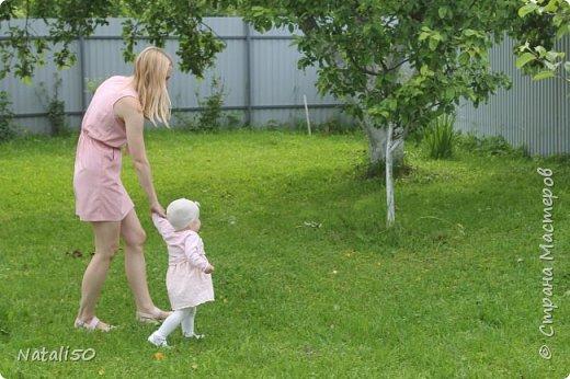 Доброго всем вечера!! Сегодня у моей любимой внучки День Рождения!! Нам 1 годик !! Закончила альбом ,осталась 1 страничка для фото со Дня Рождения. Завтра отпразднуем и добавлю фото . фото 31