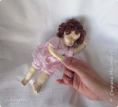 Малышей лепила по МК Юлинка1 Арина, 24см. Тело мяконабивное,руки до локтей, ноги до колен, голова из самоотвердевающего пластика. фото 1