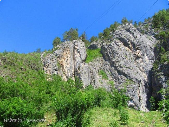 По дороге в Горно-Алтайск мы ездим очень часто, все уже должно бы примелькаться, но нет! Этой красотой налюбоваться невозможно. фото 31