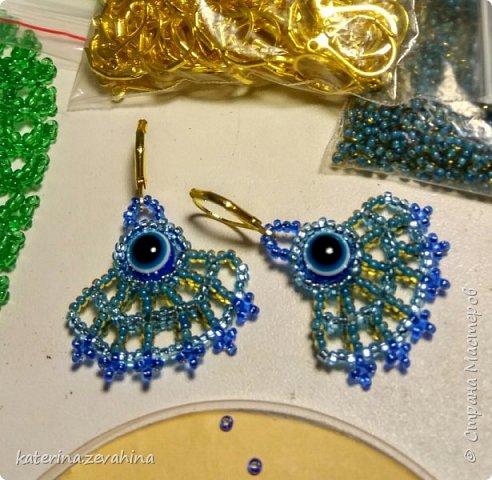 Когда плету ожерелье, обязательно делаю и серёжки. Но иногда мастерю их и просто так, без комплекта. фото 3
