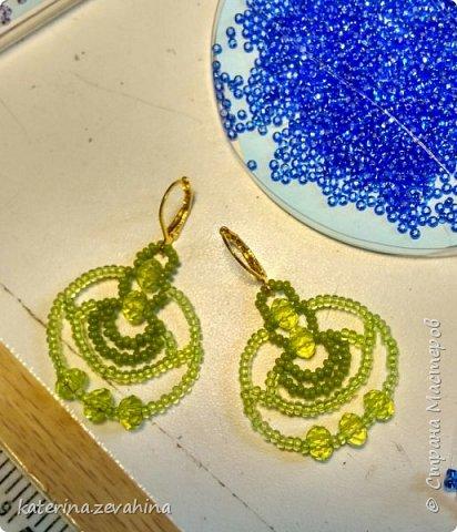 Когда плету ожерелье, обязательно делаю и серёжки. Но иногда мастерю их и просто так, без комплекта. фото 5