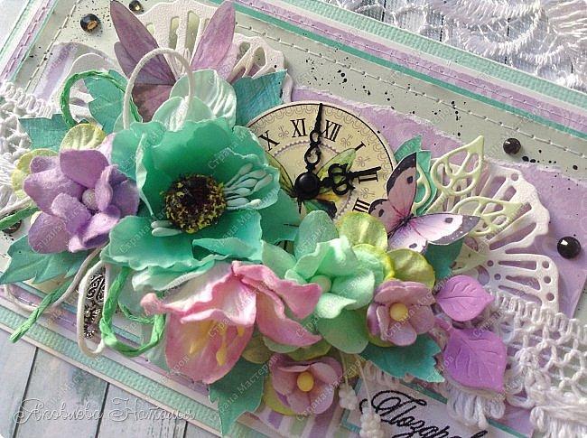 Приветствую всех, кого заинтересовали мои открыточки. Решила показать ещё две цветочных, которые я делала в рамках одного из совместных проектов.  Первая - в мятно-сиреневых тонах. Одна из моих любимых цветовых гамм. фото 3