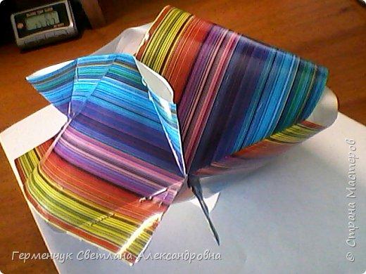 Представляю вашему вниманию  сувенирную объемную рыбку ( оригами) , которую можно использовать как упаковку небольшого подарка .(Увидела в Интернете) фото 16