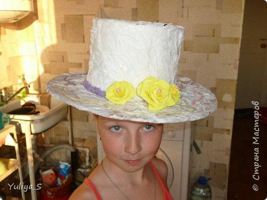 Эта шляпа. Изготавливалась со старшей дочерью на Конкурс шляп в летний лагерь. фото 1