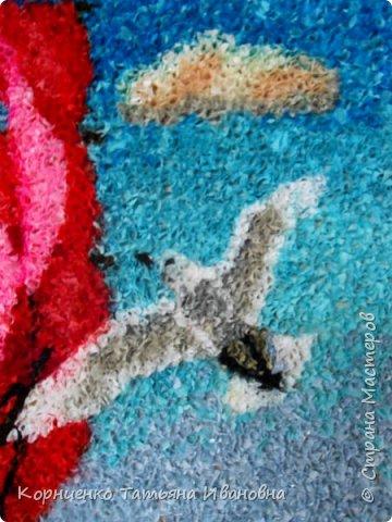Ну вот, закончила ещё одну работу. После водопада интересно было сделать море. Тема конечно избитая, но работа авторская. Я посмотрела потом в интернете и нашла десяток вариантов, но уверена, что мой парусник всё же отличается. Люблю оживлять картины птицами, бабочками... фото 3
