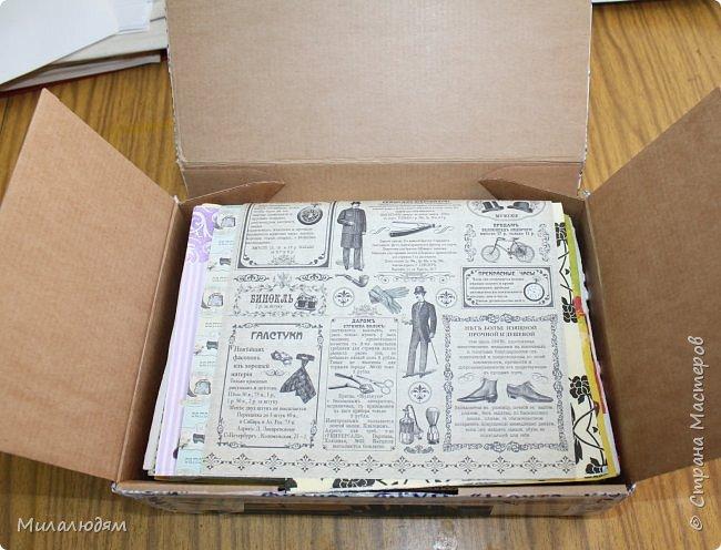 Всем здравствуйте! Этот пост продолжение этого http://stranamasterov.ru/node/1100664 Коричневые коробочки были с вырубкой, а беленькие с открыточками. Собирала сразу 4 посылочки и даже не знаю кому из девчат какая коробочка и открыточка достались. фото 11