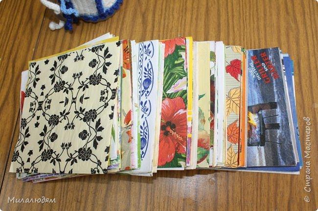 Всем здравствуйте! Этот пост продолжение этого http://stranamasterov.ru/node/1100664 Коричневые коробочки были с вырубкой, а беленькие с открыточками. Собирала сразу 4 посылочки и даже не знаю кому из девчат какая коробочка и открыточка достались. фото 19