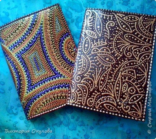 Обложки для паспорта (Натуральная кожа,точечная роспись акриловыми контурами,глянцевый лак для кожи) фото 4
