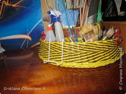 Следующая задумка –сделать что-то чтоб собрать все необходимое для плетения в одном месте. Приедут лапушки внучата и все то, что не на месте будет еще дальше. фото 1