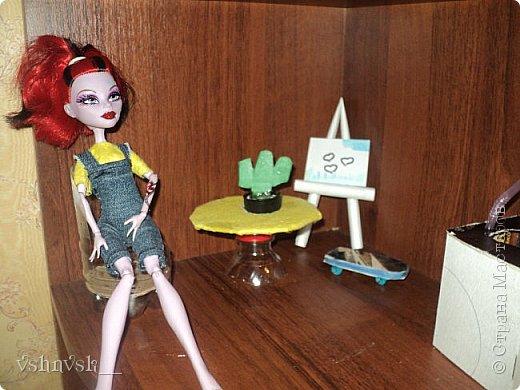 Мини-комната Есении. Она еще не закончена.  там еще кактусик и мольберт♥ фото 1