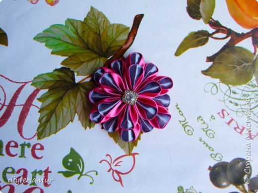 Многослойный цветок из атласной ленты. Видео мастер-класс канзаши
