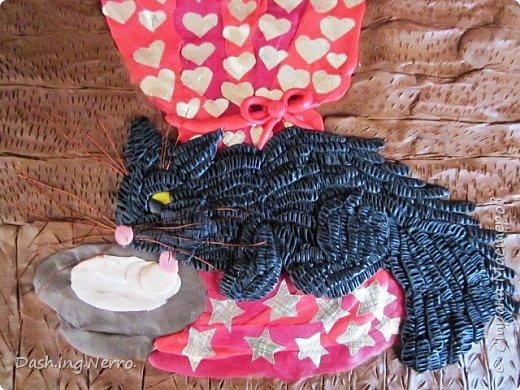 """""""Принцесса Жасмин"""" - картина из пластилина. Портрет принцессы Жасмин и её любимца тигра Раджи.   Материалы для изготовления картины из пластилина: картон, простой карандаш и пластилин.  Принцесса Жасмин - одна из главных героев мультфильма """"Аладдин"""" принадлежит киностудии Уолта Диснея.  фото 4"""