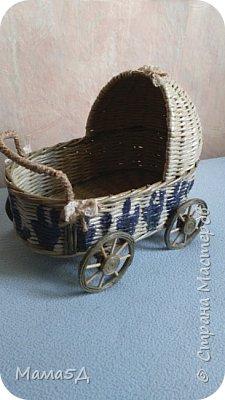Приветствую всех жителей страны. Моя первая попытка сплести каляску-корзинку для будущей мамочки.  фото 1