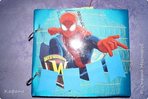 Альбом для мальчика. За основную идею взят мультфильм Человек -паук. Настоящий кладезь интересных сюжетов и различных спецэффектов.  фото 1