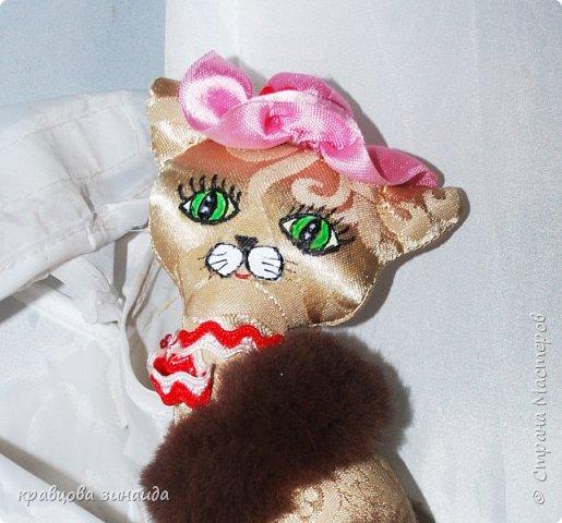 Добрый день моя любимая СТРАНА МАСТЕРОВ , сегодня я к вам со своими любимыми кисками , шьются не сложно , а смотрятся красиво , как статуэточки . 1. Первая в розовой шляпке фото 1
