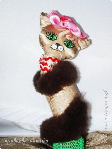 Добрый день моя любимая СТРАНА МАСТЕРОВ , сегодня я к вам со своими любимыми кисками , шьются не сложно , а смотрятся красиво , как статуэточки . 1. Первая в розовой шляпке фото 2