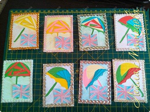 Привет,девочки!!! Мне уже сняли гипс, я быстренько сделала серия карточек. Почему зонты? Потому-что Англия туманная и сырая страна. поэтому что бы вы не промокли,я дарю вам зонтики!!!! фото 1