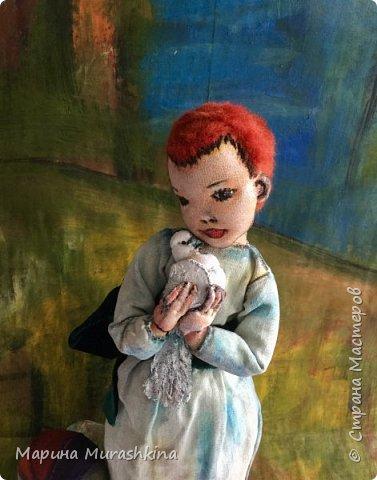 Еще одна работа по мотивам Пикассо - текстильная кукла 'Девочка с голубем'  фото 1