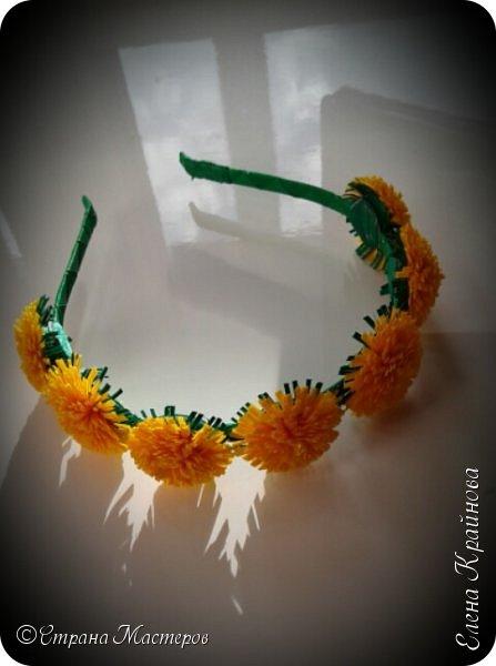 Хотите лета? Предлагаю вам вместе со мной сделать вот такие одуванчики - спутники одного из самых любимых сезонов года. Эти цветы из ленточек всегда получаются. Так что разочарований не будет! Мне даже кажется, что у тех кто впервые занялся техникой канзаши - это тот цветок обязательно получится!  фото 13
