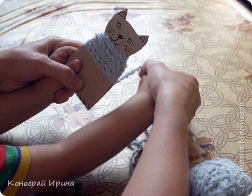 Котёнок из картона и ниток. фото 9