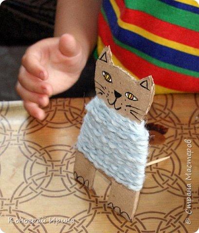 Котёнок из картона и ниток. фото 11