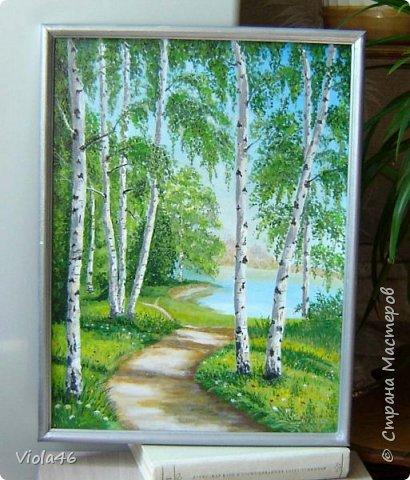 Деревенский пейзаж с сиренью. Мой первый опыт в живописи. Срисовала, как могла, с картины художника Прищепы. Так понравилась, что захотелось подойти к этой сирени и окунуться в эту красоту и благоуханье. Грунтованный картон, 30х40 см, акрил. фото 2