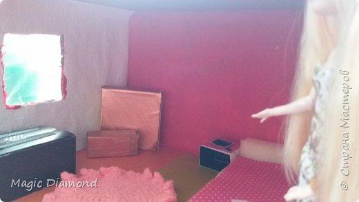 Здравствуй, Страна Мастеров! Я - Настя, новый житель города Кукольная Жизнь. В своей первой записе я хочу показать место проживания куколки Эппл Вайт.  фото 2