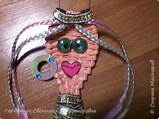 Из плетеной ложки получилась куколка - красавица фото 7
