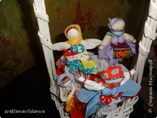 Корзинку  с цветами сплела и подарила мне на день рожденье Яна Ахмадова. фото 2
