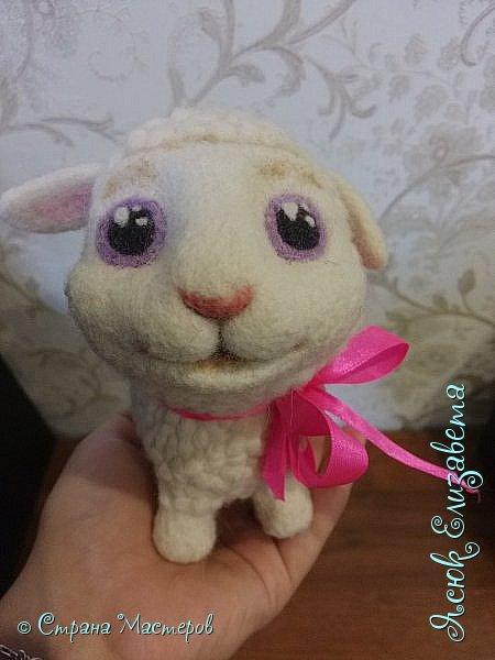 Давненько уже делала эту овечка) Как то мама увидела репортаж про сухое ведение, и увидела овечку На просторах интернета нашла овечку и решила сделать маме похожую  фото 3