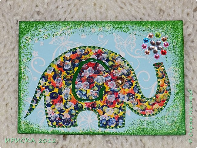 Привет всем гостям моей странички!!! Благодаря Элайдже http://stranamasterov.ru/user/399311 появилась наша первая с моей доченькой серия АТС. Эл!!! Спасибо за вдохновение!!! Мы с Людочкой слоников рисовали вместе, оформлением в основном занималась я. фото 8