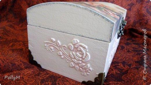 Завершая свою зимне-весеннюю сессию, представляю вам Розовую шкатулку. Ее я сделала в подарок своей классной руководительнице.  фото 3