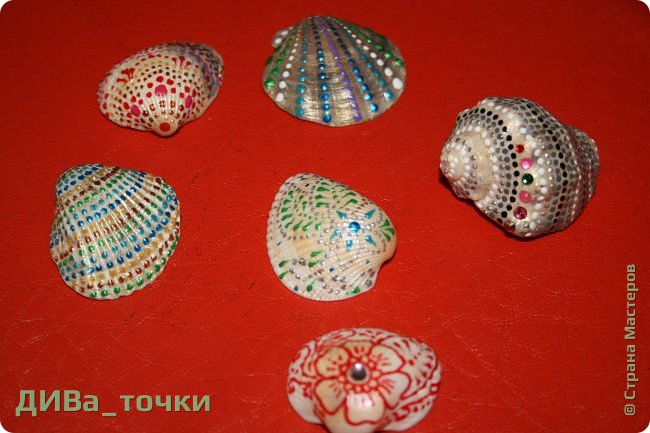 Доброго всем дня.  Очень распространена роспись морской гладкой гальки, но можно ведь расписывать и ракушки, создавать из них композиции. Вот это я и хочу вам показать. Это может сделать каждый.     фото 16
