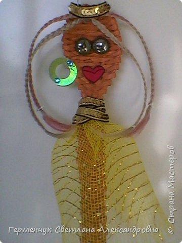 Из плетеной ложки получилась куколка - красавица фото 1