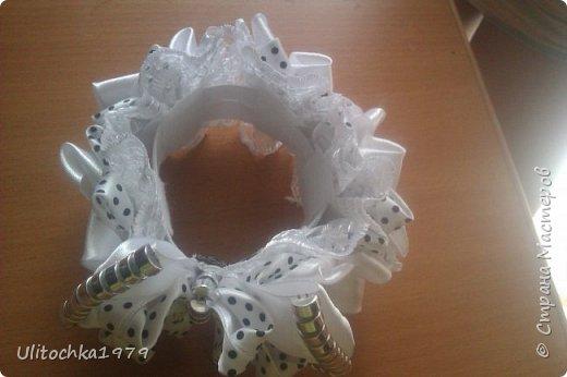 Всем, здравствуйте!)Хочу представить на ваш суд мои украшения для школы сделанные по МК известных мастеров канзаши. фото 5