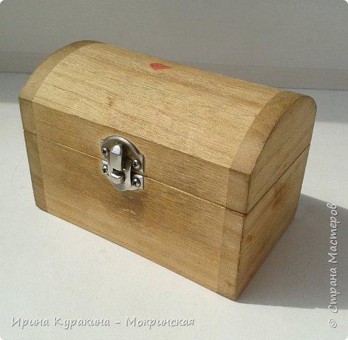 Предлагаю свой мастер-класс по декорированию сундучка из дерева. фото 3