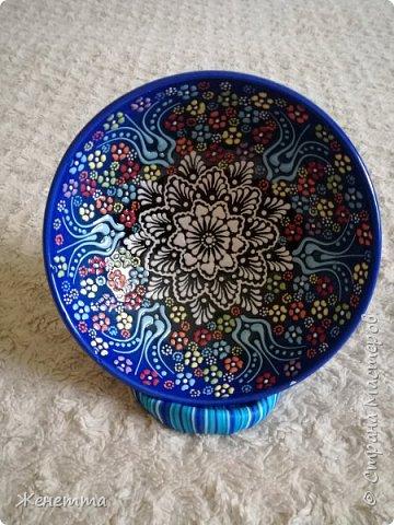 Подставка для декоративной тарелочки из полимерной глины фото 1