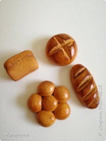 Хлебушек из полимерной глины фото 3