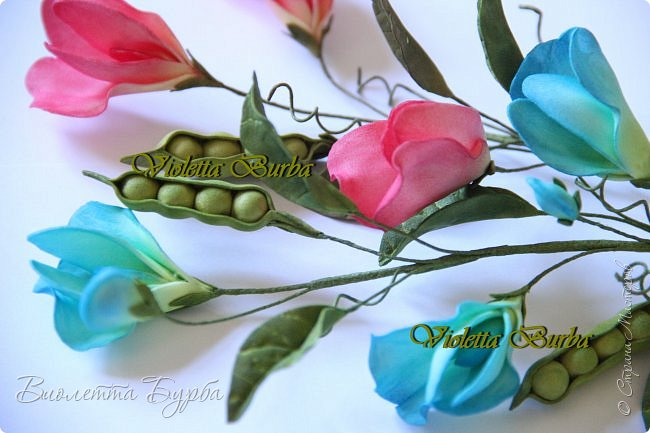 Доброе время суток! Давно не заглядывала в СМ! Соскучилась!!! Дарю Вам свое летнее настроение - букет цветов из фоамирана. В букете: Аквилегия, Вероника, Душистый горошек, Въюнок или Ипомея и Клевер. фото 8