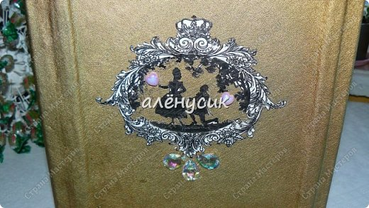 Декоративная книга всегда приятно иметь свою собственную))да ещё  и выполненную вручную))  фото 5