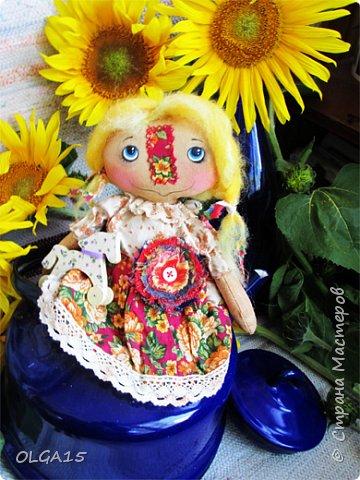 Куклы были сшиты давно и  только сейчас я их окончательно доделала. Куколки тонированы кофе и корицей, лицо нарисовано красками. фото 5