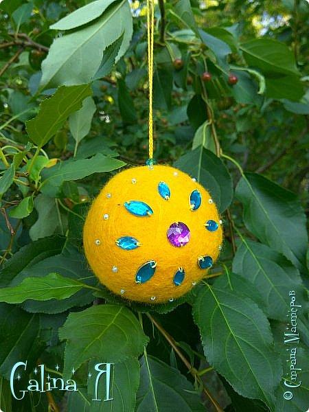 Просто сваляла шарик экспериментальный , потом пришла идея его малость приукрасить , в итоге получилось такое солнечное чудо . фото 2