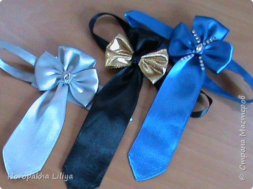 Праздничный галстук для мальчиков из атласных лент
