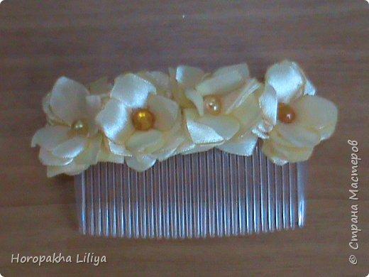 Гребешек-заколочка с цветами канзаши для девченок фото 1